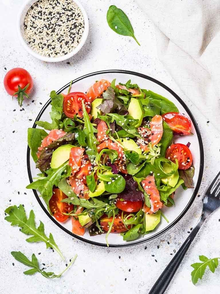 Smoked Salmon Salad With Red Wine Vinaigrette Recipe 786x1024